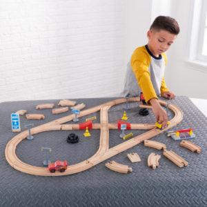 Kidkraft-Disney®-Pixar-Cars-3-Build-Your-Own-Track-Pack3