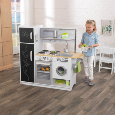 Kidkraft Pepperpot Kitchen2